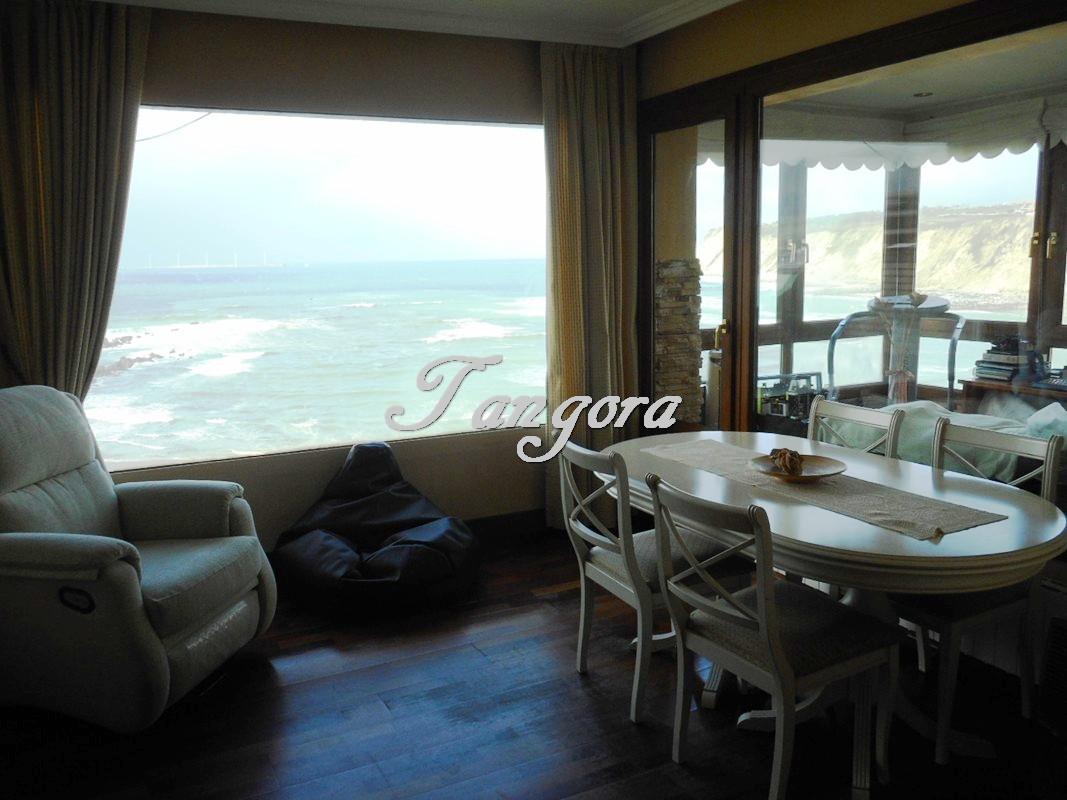 Bonito piso en Arrigunaga con maravillosas vistas.