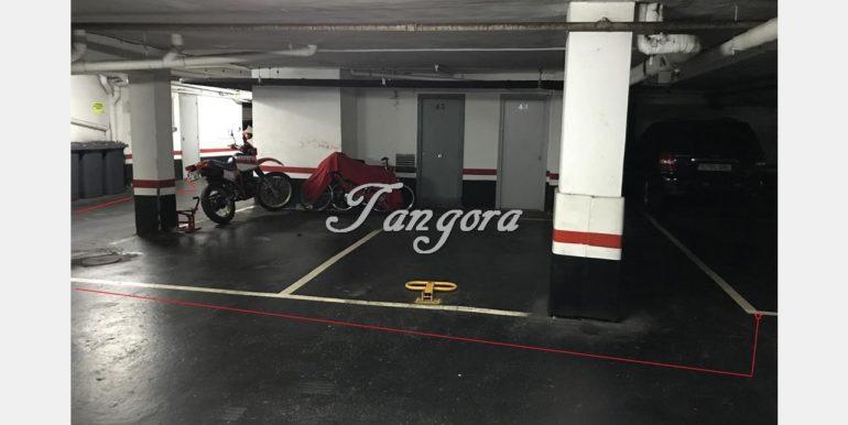 Garaje y Trastero, DISTANCIA ASCENSOR (Copy)