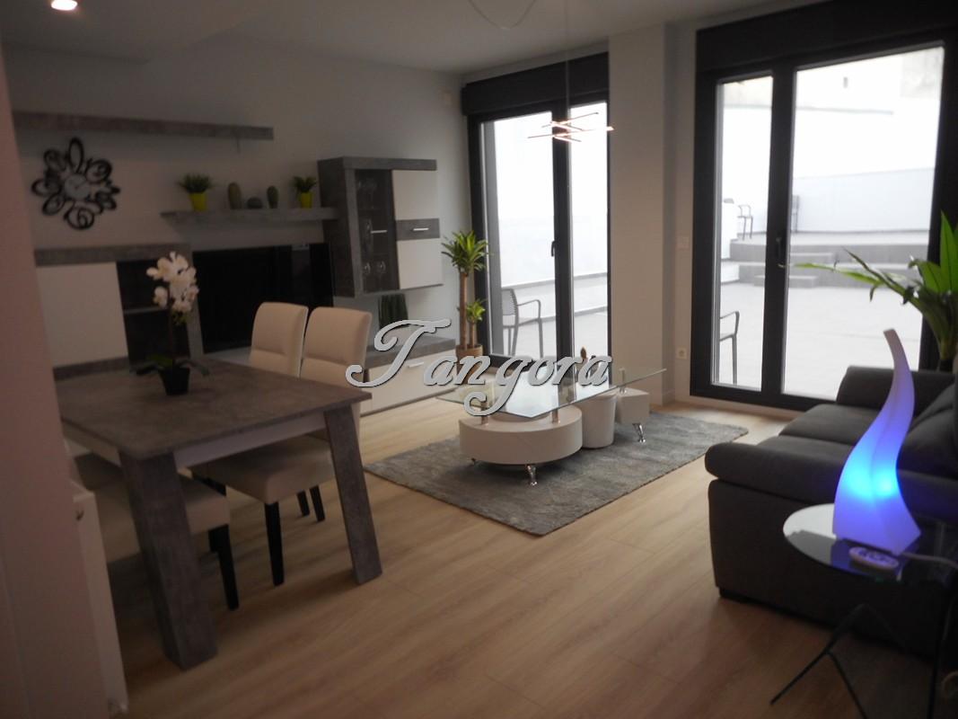 Maravilloso piso a estrenar con gran terraza en el centro de Algorta.