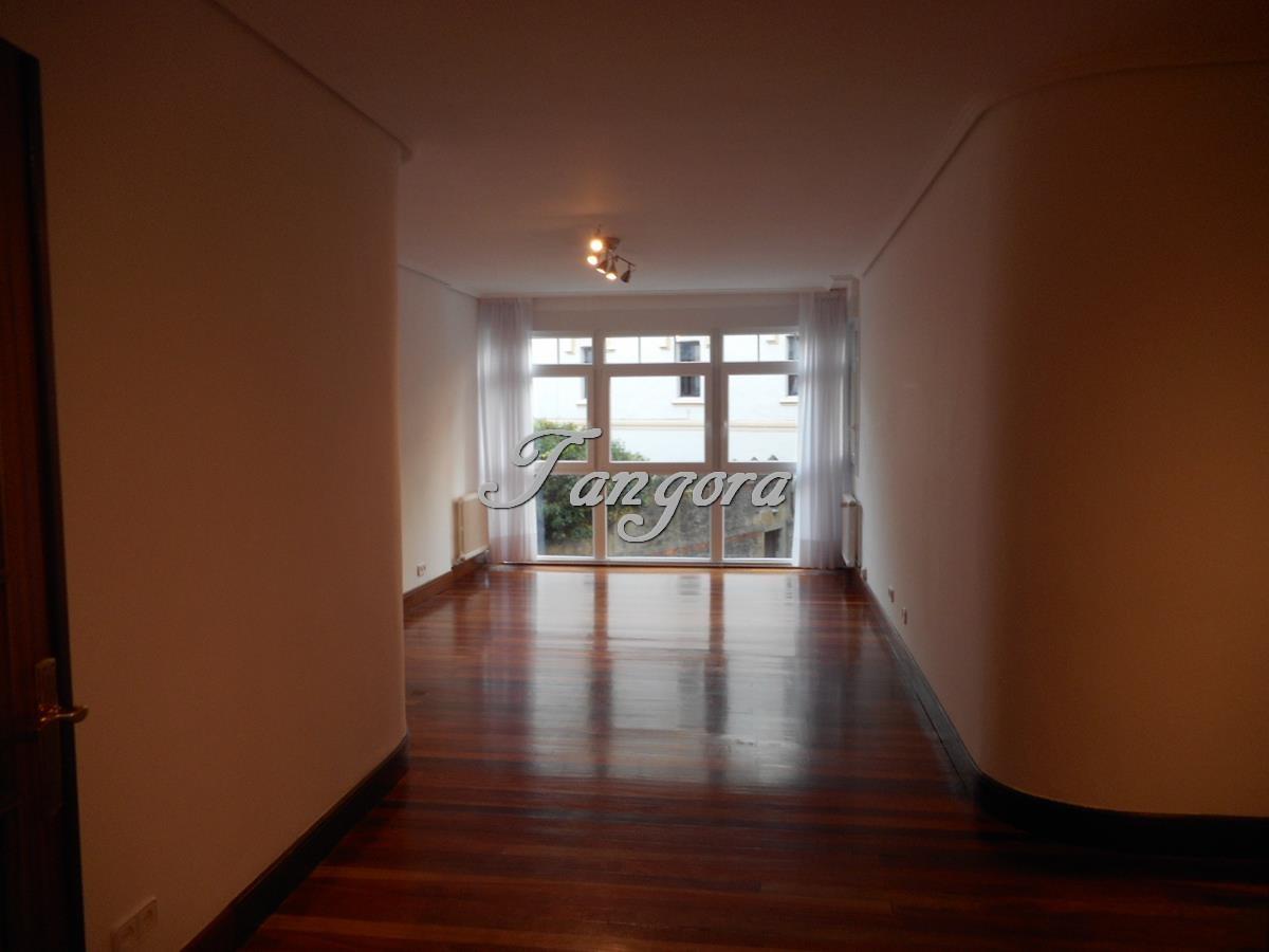 Magnífico piso de 4 habitaciones en Algorta.