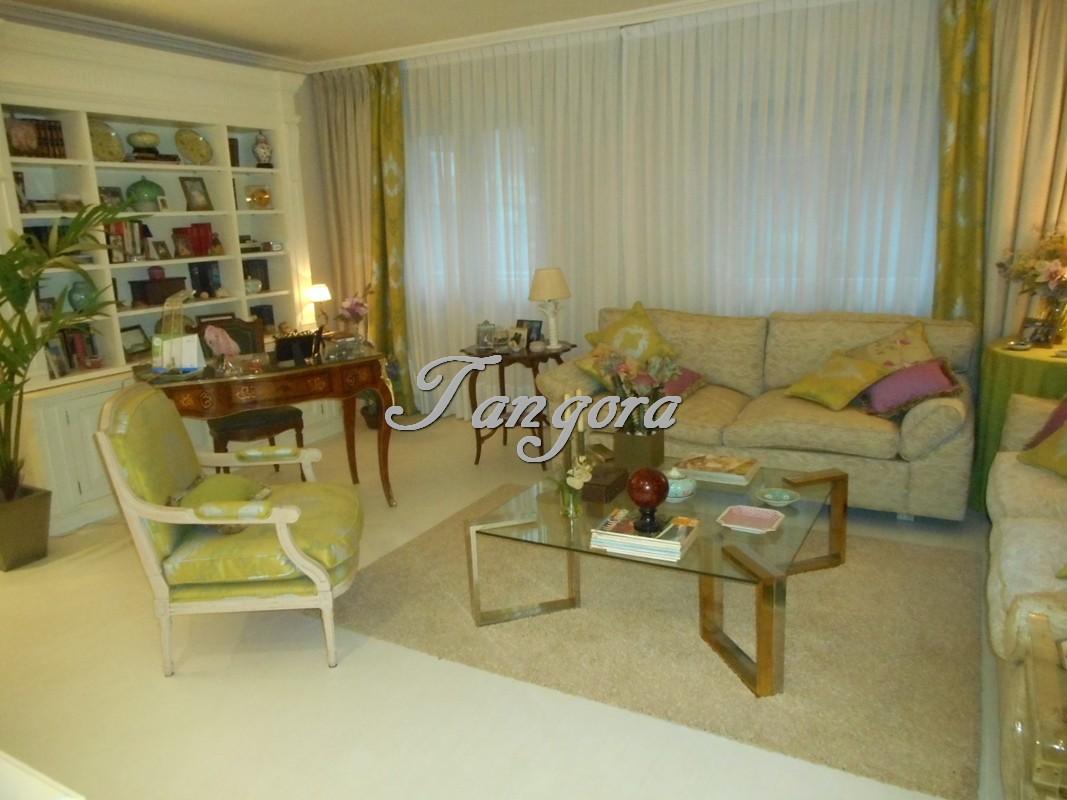 Exquisito apartamento en el centro de Algorta.