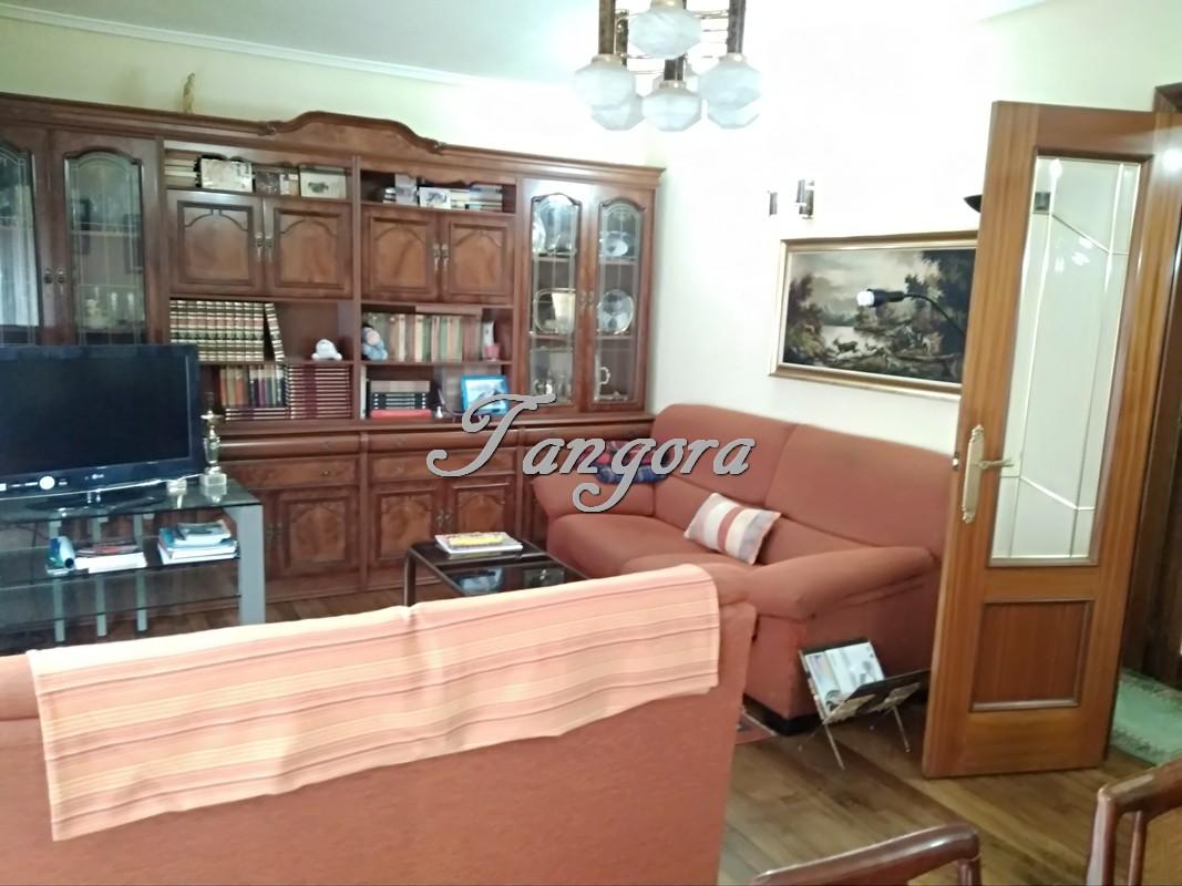 Amplísimo piso en Iturribide.