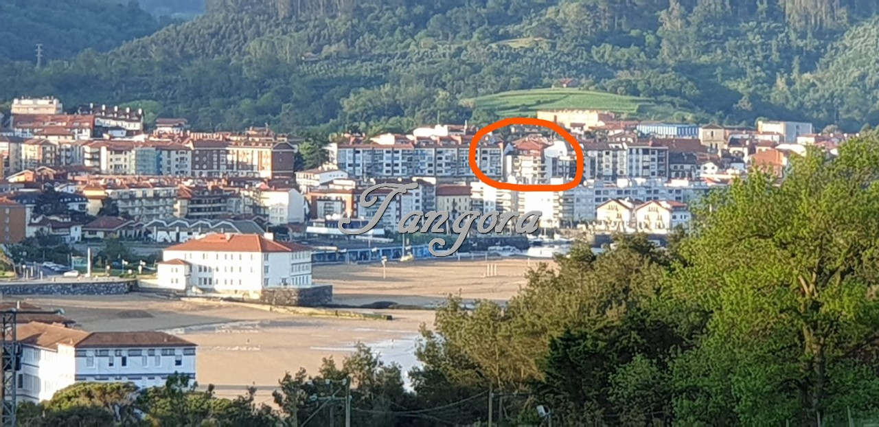 Piso amplio con ubicación inmejorable en el puerto de Plentzia