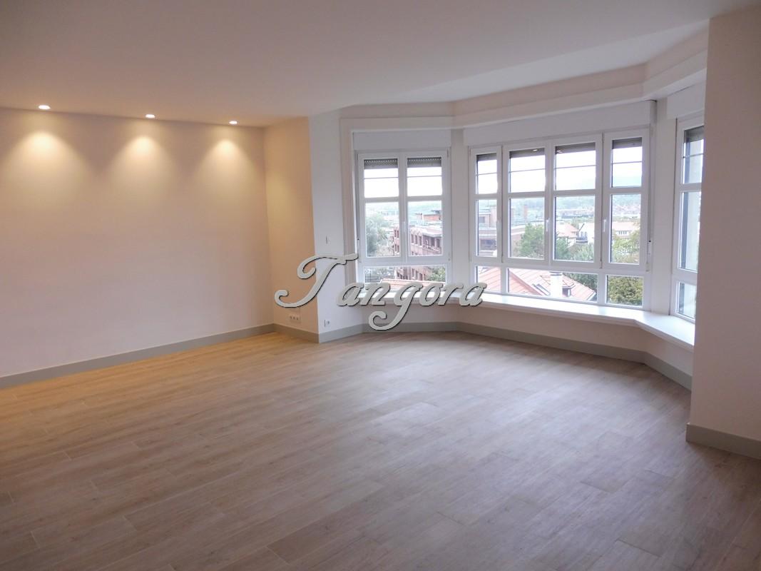 Magnífico piso en Neguri.