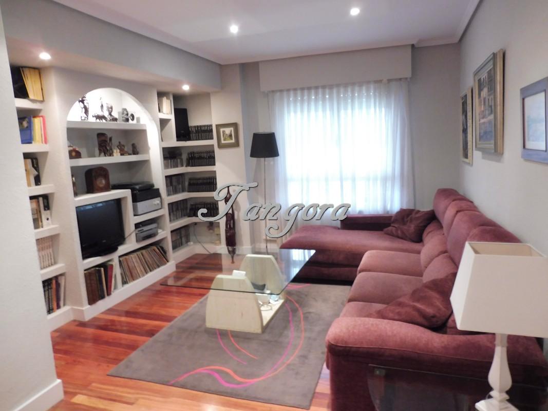 Precioso piso de dos habitaciones en Talaieta, muy cerca de la playa de Arrigunaga.